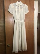 New listing Vintage 1970s Gunne Sax dress Cream Colored Shear Back Tie Womens Xs