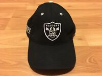Oakland Raiders Embroidered NFL Strapback Hat Black Pre Owned