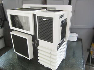 Thermaltake Level 10 GT Snow Edition full tower extended ATX Gaming Case