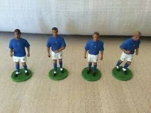 LA NAZIONALE ITALIANA WORLD CUP 2006 SCEGLI LE ACTION FIGURES DAL MENU A TENDINA