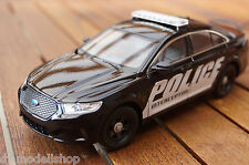 2013 FORD INTERCEPTOR POLICE IN 1:24 MIT LED-BELEUCHTUNG(XENON) VON WELLY