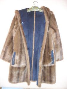Damen Mantel Wendemantel DENNIS BASSO  Webpelz Velourlederoptik Größe 38 top