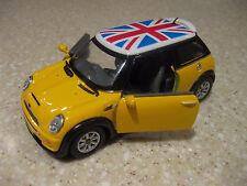 MINI COOPER HARD TOP YELLOW BRITISH FLAG UNION JACK LONDON 1:28 DIE PULLBACK