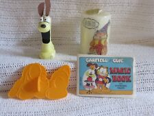 vintage garfield and odie collection cookie cutter,magic book,candle, figurine