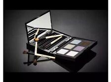BOBBI BROWN - BOBBI'S EYE WARDROBE 6 Eyeshadows 4 Brushes kit- NEW IN BOX