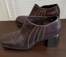 Clarks Career Clunky Heel Leather Booties Brown Square Toe Ankle Boots Sz 9.5