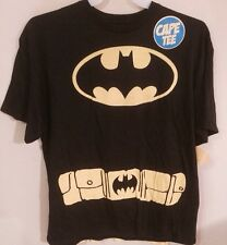 mens DC comics Batman W/ Cape Tee Shirt XL nwt Dark Knight V Superman