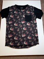 Nana Judy. Short Sleeved Black T-shirt with Apple Print. Extra Large