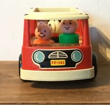 fisher price  1969,  schoolbus red 4  passengers , school bus