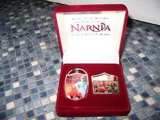 DISNEY STORE NARNIA METAL KEYRING & PIN BADGE SET BOXED BRAND NEW VERY RARE