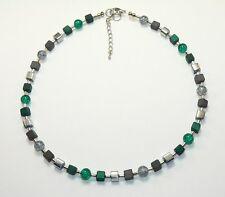 Halskette Kette Würfelkette Würfel grau Perlen Glas grün smaragd dunkelgrün 339b