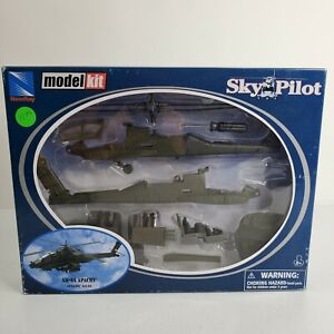 New Ray AH-64 Apache Model Kit Sky Pilot Helicopter