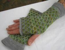 Handstulpen fingerlose Handschuhe mit Daumenloch handgestrickt