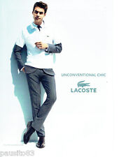PUBLICITE ADVERTISING 066  2011  Lacoste  polo homme Chic