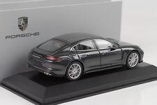 2016 Porsche Panamera turbo G2 volcan gris métallique 1:43 Herpa WAP 0207210G