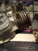 BRIGGS AND STRATTON 5 HP. VERTICAL SHAFT BLOCK/CYLINDER/w/BOTTOM AND BOLTS