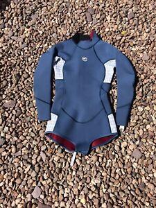Ladies Long Sleeve Shorty Wetsuit Size 8 Marine 13