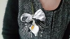 Ladies Black & White Buttonhole