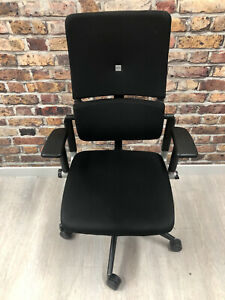 Steelcase Please V2 ergonomic chair In Black. Full Working Order On All Features