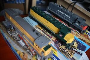 Athearn HO locomotives UP CSW SP unpowered Kadee fitted