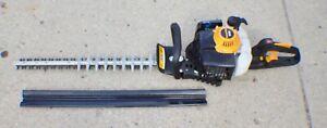 "Poulan Pro PR2322 Gas-Powered Hedge Trimmer 22"" Blade 23cc"