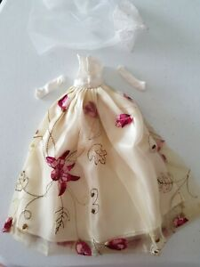 Barbie Doll Dress Wedding Bridesmaid Formal Gown Gloves Veil White Cream Floral