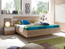 PIRA Futonbett inkl 2 Nachtkommoden Bett Doppelbett 180x200 Dekor Eiche Weiß LED