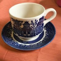 Vintage Churchill England Cup & Saucer Blue Willow Coffee Or Tea