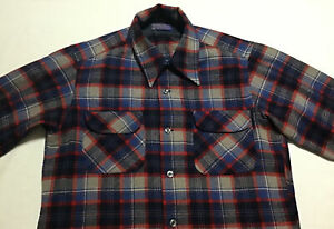 Vintage Pendleton Flannel Button Up Shirt Mens Medium Blue Plaid Virgin Wool
