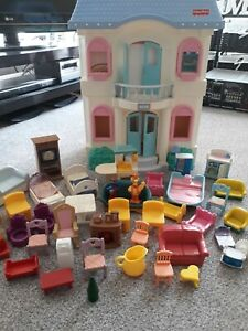 VINTAGE FISHER PRICE 4618 DOLLS HOUSE WITH  LARGE FURNITURE LOT