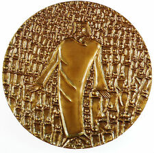 U.S.A. Society of Medalists 85 WORLD POPULATION CRISIS. By Sten Jacobsson.