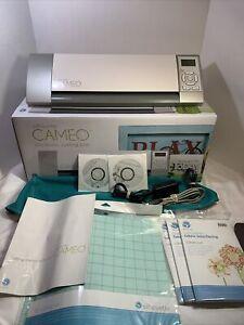 Silhouette Cameo 1 Paper/Vinyl Cutting Machine
