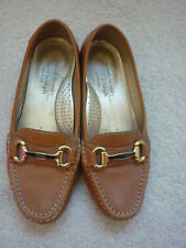 11b233256f47 Russell   Bromley Loafers Size 4 Tan