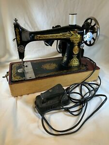 Vintage WORKING 1910 Singer Model 27 Sphinx Sewing Machine Bent Wood Case e723