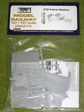 Dapol PETROL STATION 1/76 Scale scenery Kit 00/HO C32