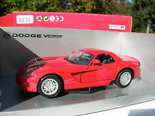 1/24 DODGE VIPER SRT-10 rouge!!!