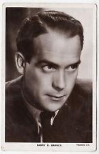 BARRY K BARNES - Film Star -  c1940s era Picturegoer Cinema postcard #1195a