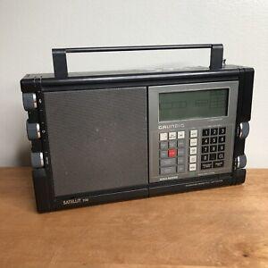 Grundig Satellit 700 World Band Radio Receiver