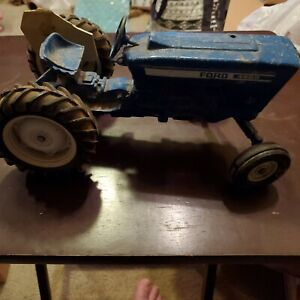 Ford 4600 tractor 1/12