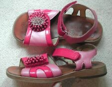Start-rite Girls 2 tone Pink leather sandals flower on front UK 12 F, EU 31 M