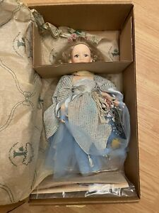 """ROBIN WOODS """"LITTLE LADY OF THE LAKE"""" 14 INCH DOLL~DATED JULY 3, 1990~MINT/BOX!"""