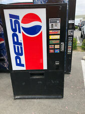Pepsi Vendo 322-7 Soda Vending Machine Accepts Coins Only
