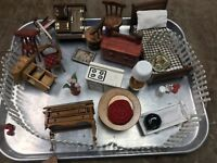 Dollhouse Miniatures Furniture Lot Of Misc Pieces