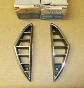 NOS 1967 Ford Thunderbird Grill extensions - Pair c7sz-8224/5a