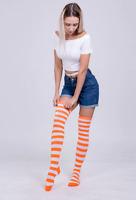 Chaussettes hautes montantes rayées rayures oranges et blanches horizontales