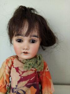ancienne poupée orientale Simon Halbig ou Kestner poupée  taille Bleuette
