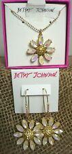"""Betsey Johnson Daisy Flower 2.5"""" Drop Earrings P10"""