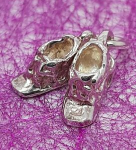 925 Solid Sterling Silver Pair of Baby Booties Charm Pendant