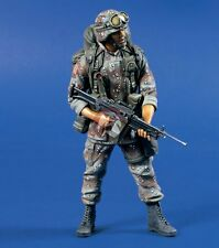 Verlinden 120mm (1/16) US M249 SAW Machine Gunner in Operation Desert Storm 628