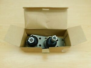 NORS NEW LOWER BALL JOINTS - PAIR - K3083 - AMC 1970-1983 18ACC-HV